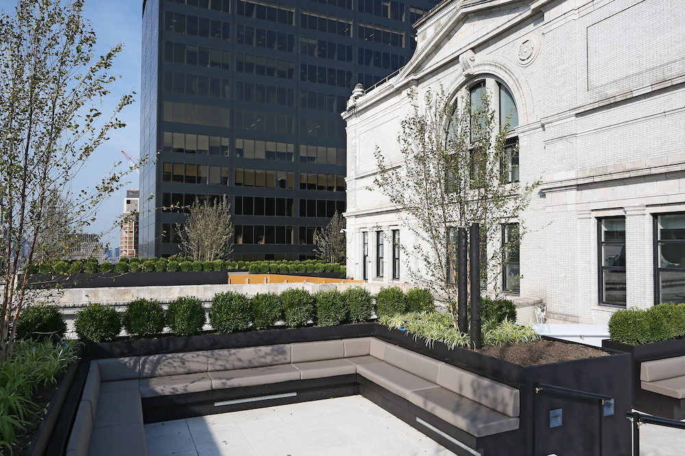 The Equitable Building's 40th Floor Is Opening As a Rooftop Lounge